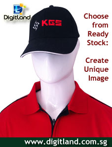 Caps-Printing-on-Sandwich-black-Cap-matching-Red-Shirt
